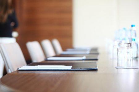 Kanzlei Freiberger Steuerberatung, Konferenz Tisch